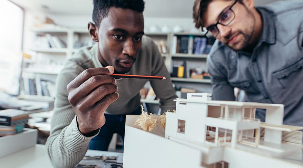 Construir o espaço da empresa: 5 motivos para escolher um empreendimento planejado